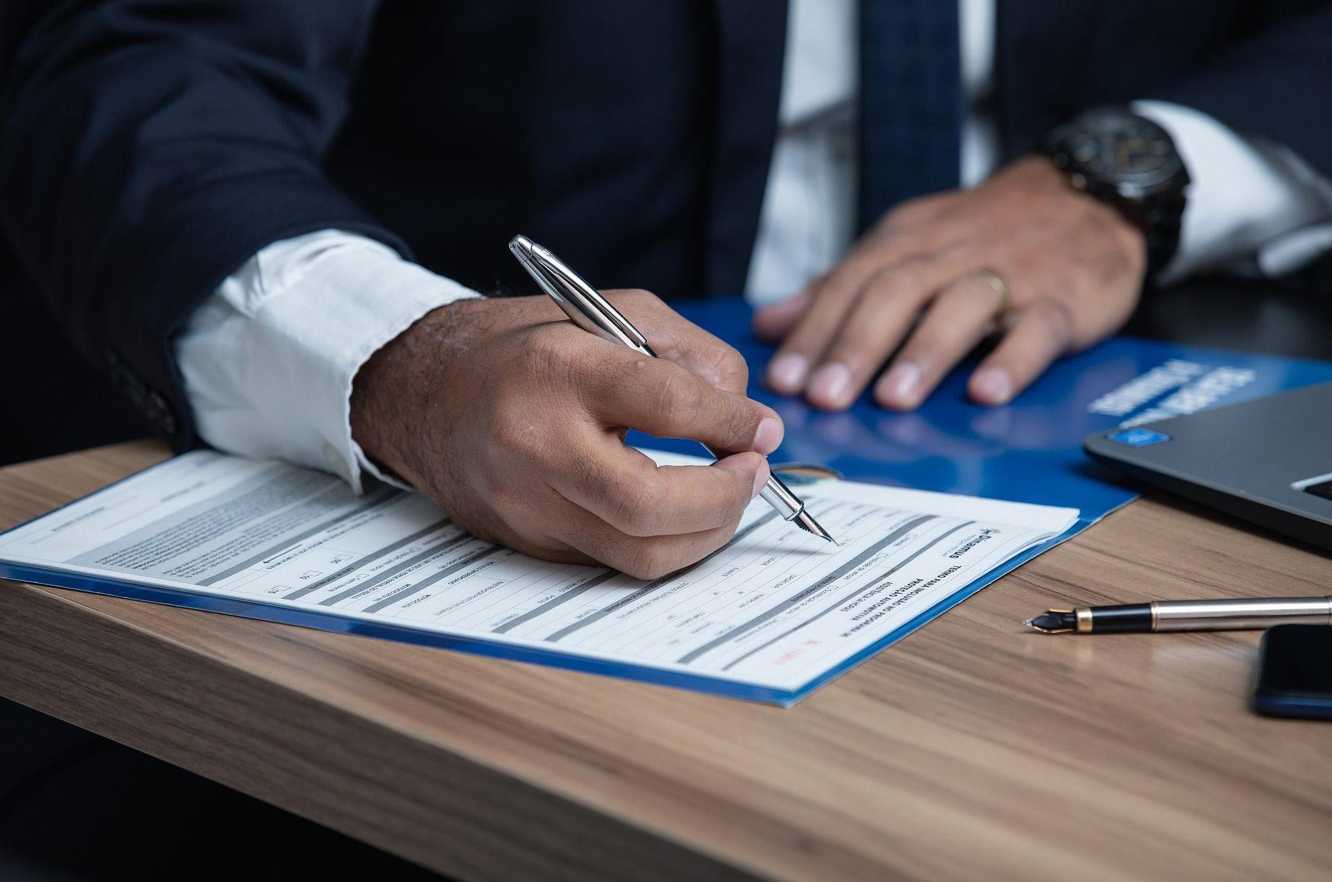 Страховой юрист по спорам в ДТП